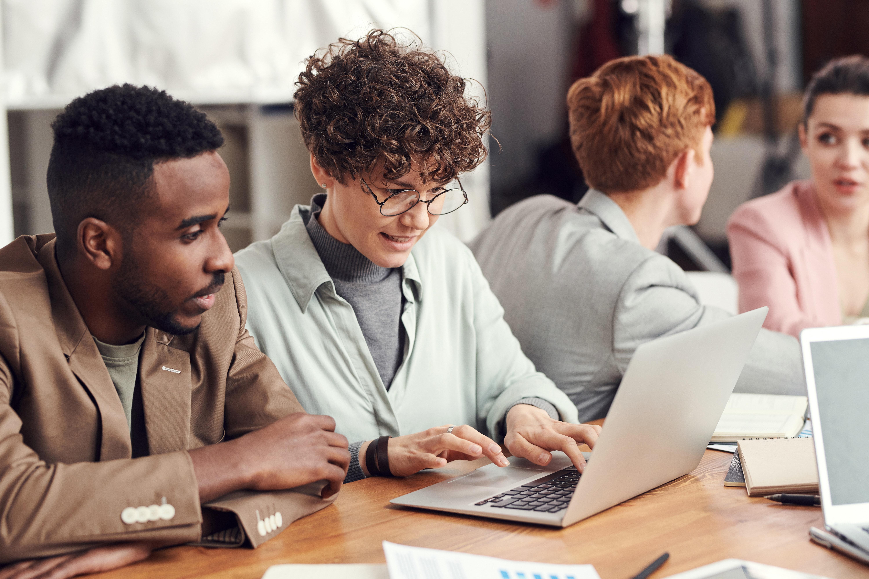 Online- und Briefwahl auf der Hauptversammlung kombinieren